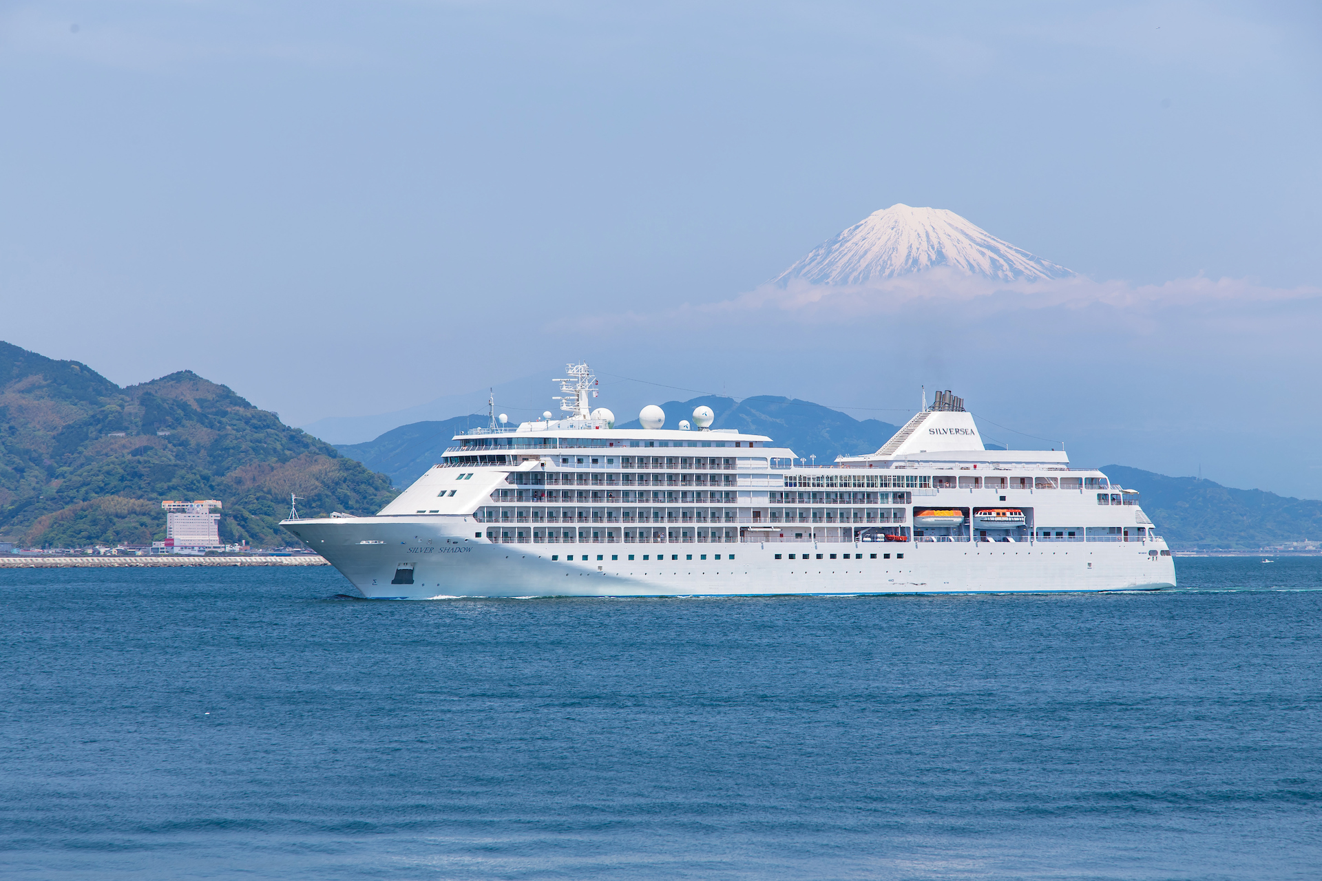 Silversea Cruises has commenced pre-sale on its World Cruise 2024, a 132-day odyssey aboard the Silver Shadow entitled Far East-West.