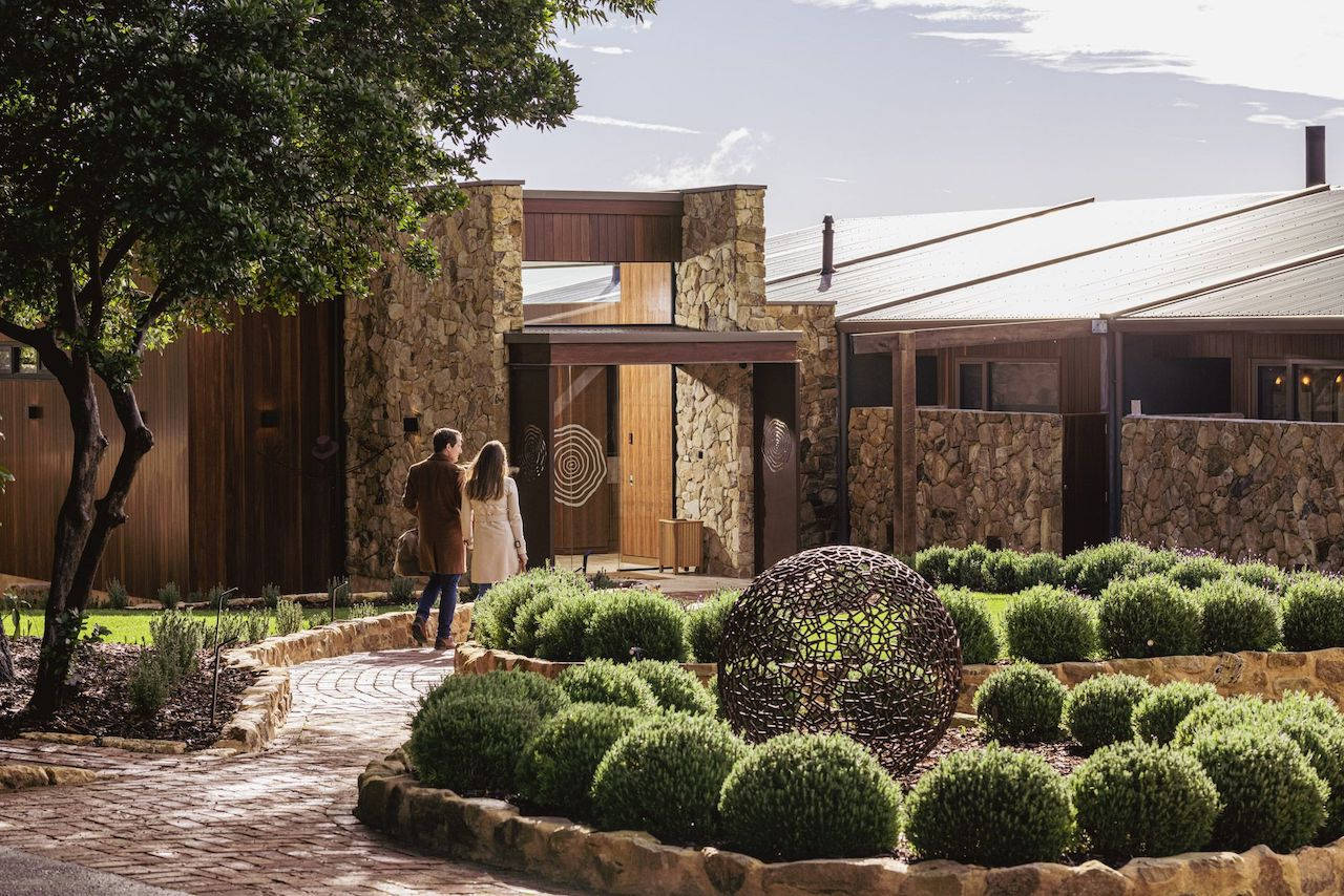 Discover a South Australia you never knew existed at Sequoia, one of only two luxury lodges to open in a decade and the first in Australia within an hour of an international airport.